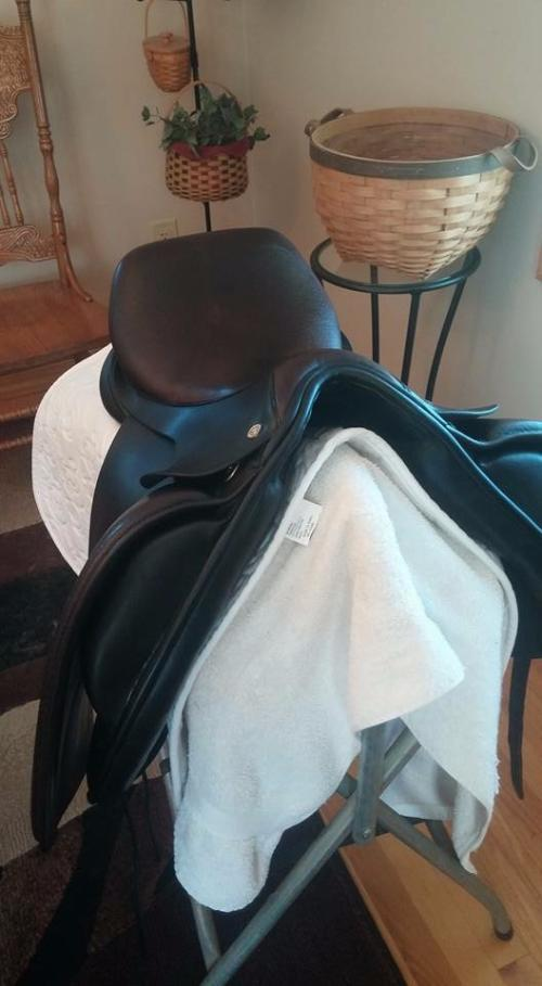 Hulsebos dressage saddle for sale